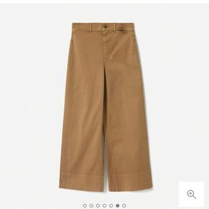 Everlane Lightweight Wide Leg Crop Chino
